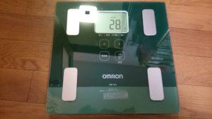 オムロン体重計_全体像